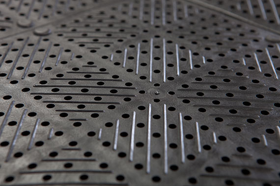 More than 6,000 little holes/m² cares for air, water and light